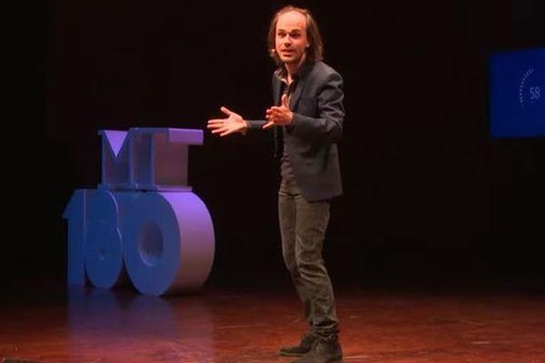 "Tom Mébarki, lauréat 2019 de ""Ma thèse en 180 secondes"""