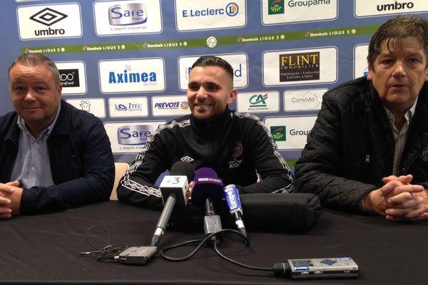 Le joueur Marvin Martin lors de sa présentation à la presse le mardi 24 septembre 2019 après la signature de son contrat au FC Chambly