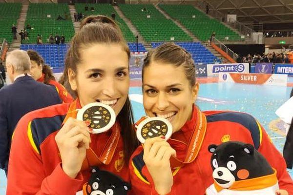 Maria Nuñez et Lara Gonzalez, joueuses de l'ESBF, sont vice championnes du monde 2019.