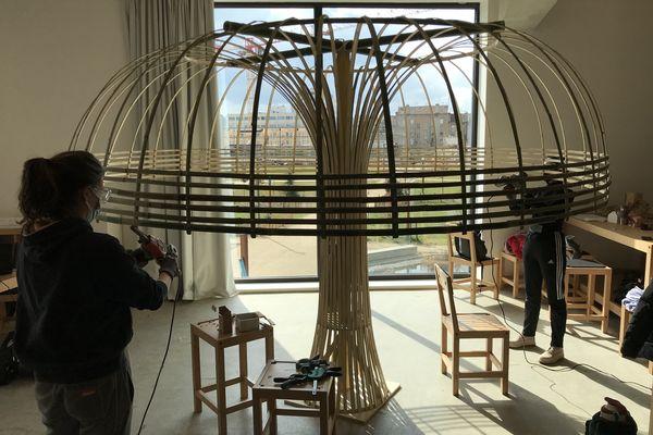 Du 15 au 19 mars 2021 les étudiants de l'école d'art et de design de Nancy ont pu retrouver leurs ateliers, le temps d'un workshop avec des artistes invités.