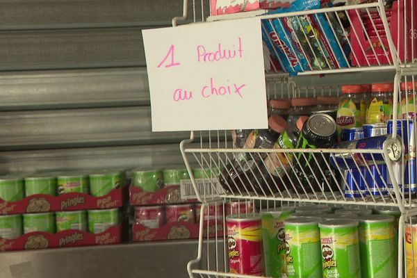 Un marché gratuit pour aider les étudiants à se nourrir correctement est ouvert tous les jeudis entre 13h30 et 16 heures sur le campus de l'université Bordeaux Montaigne.