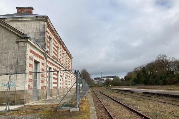 Plus aucun train ne passe en gare de Pontivy, en Centre Bretagne, depuis janvier 2017. C'était avant cela, une des étapes entre Saint-Brieuc (Côtes d'Armor) et Auray (dans le Morbihan).