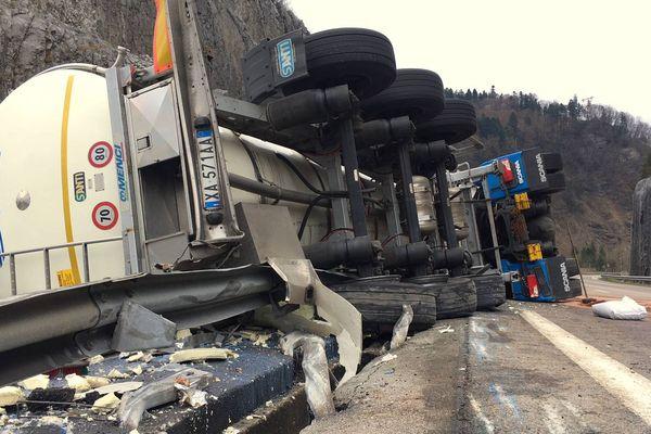 Le camion transportait 25.000 litres de lait