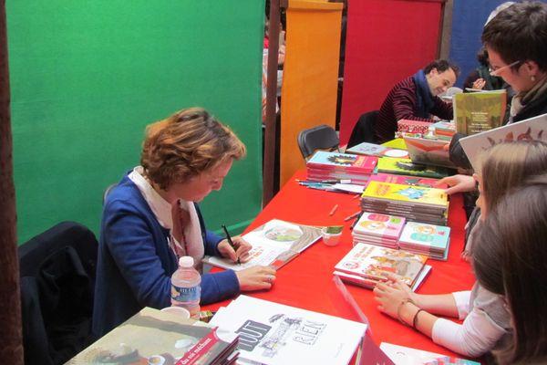 Dédicace au Salon du livre dijonnais Crocmillivre en 2016