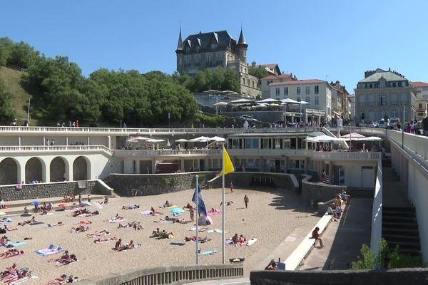 La plage du port vieux à Biarritz