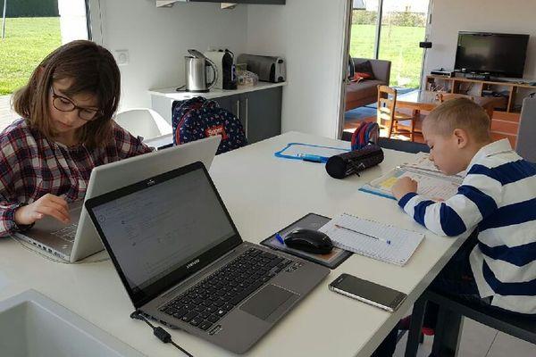 L'école à la maison pour Victoire (CE2) et Henry (CP) prendra fin le 11 mai s'ils ont possibilité de retourner en classe
