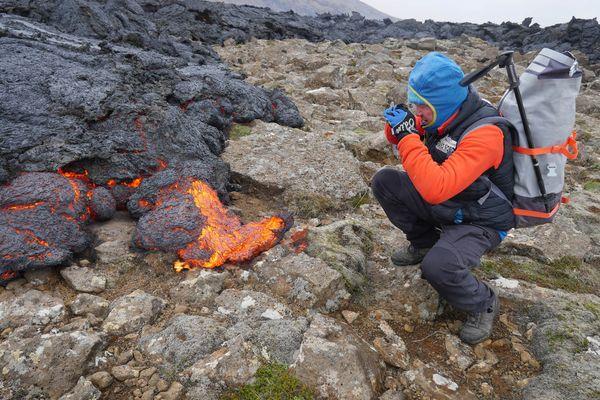Eric Chazal est en mission en cette mi juin 2021 sur la péninsule de Reykjanes pour une observation du volcan de Geldingadalsgos
