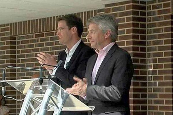 - Nicolas MAYER-ROSSIGNOL et Laurent BEAUVAIS à Honfleur le 10 mai 2015