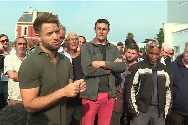 Jean Baptiste Aldigé devant les supporters du Biarritz Olympique