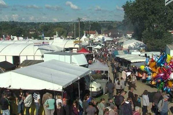 L'édition 2013 de la foire de Montilly-sur-Noireau a bénéficié d'une météo clémente. 15 000 visiteurs de plus par rapport à l'an passé.