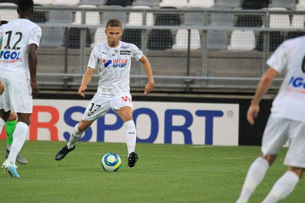 Le milieu de terrain de l'Amiens SC, Alexis Blin.