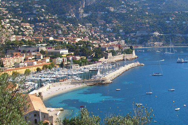 La victime se trouvait dans le port de la Darse à Villefranche-sur-Mer.