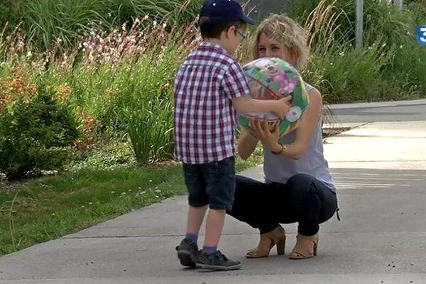 Astrid Willemet a lancé un cri du coeur sur Facebook pour Gabin son petit garçon de six ans