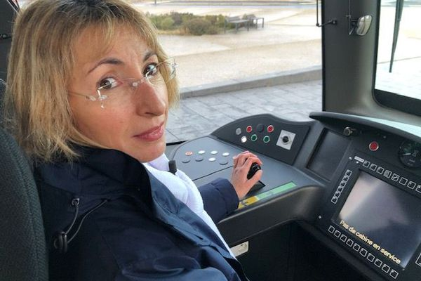 Christine conductrice du Tramway de Tours