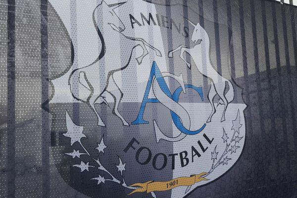 Banderole arborant le logo de l'ASC, au stade de la Licorne d'Amiens, le 03/01/2020.