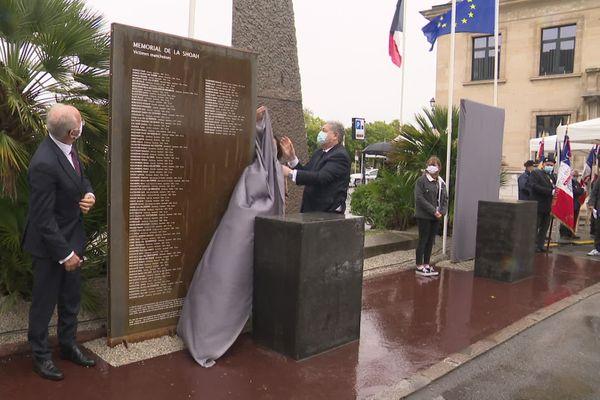 L'inauguration du mémorial de la Shoah et des Justes à Cherbourg-en-Contentin a eu lieu ce dimanche 4 octobre, place de la République.
