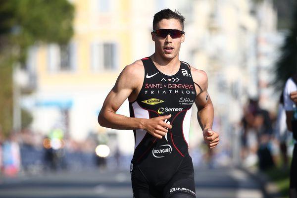 Vincent Luis sur le triathlon de Nice en 2017 - maxPPP