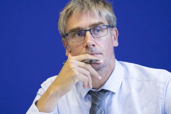 Olivier Noblecourt, candidat aux municipales à Grenoble, lors d'une conférence de presse à Paris le 12 septembre 2019.