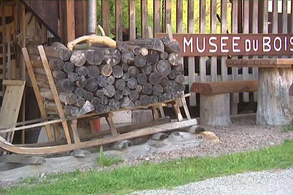 Le musée du bois et sa schlitte.