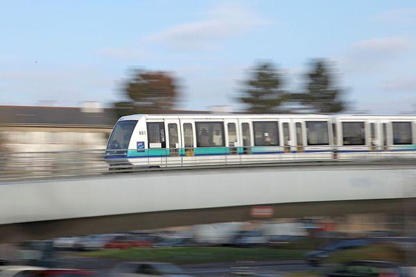 Ligne A du métro de Rennes, entre les stations CHU et Villejean, janvier 2021