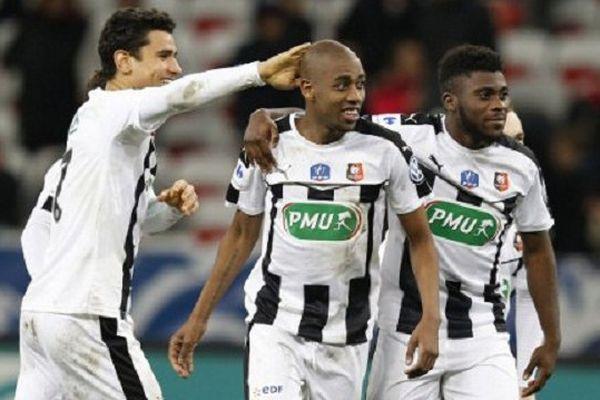 La joie des joueurs du Stade Rennais après leur victoire face à l'OGC Nice en 32e de finale de la Coupe de France