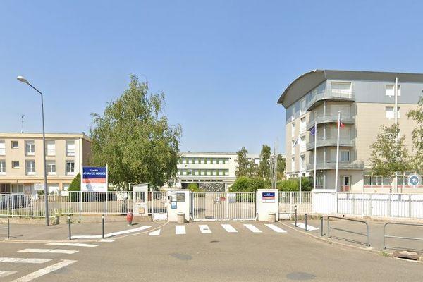 Le lycée Jehan de Beauce, à Chartres (Eure-et-Loir) victime d'une usurpation d'identité sur les réseaux sociaux