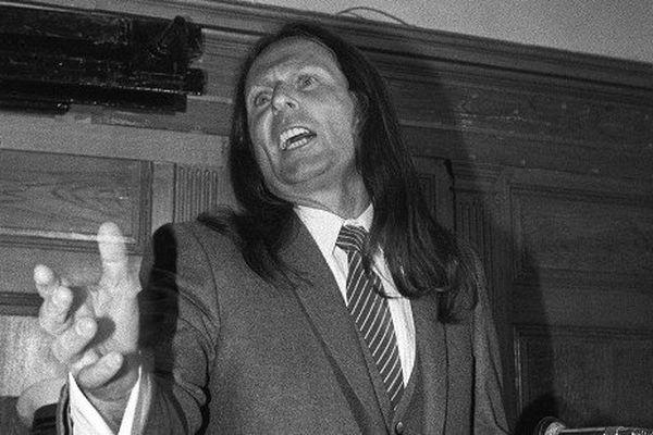 Joseph-Thomas Recco alias Tommy Recco  lors de son procès, le 6 juin 1983, à Draguignan où il comparaît pour le triple meurtre du supermarché de Béziers et le triple meurtre de Carqueiranne.