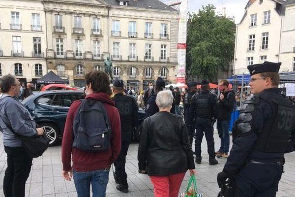 La place du Bouffay est le point de ralliement de la manifestation nantaise