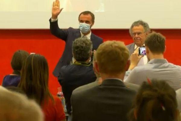 Michaël Delafosse (masqué pour cause de crise sanitaire de la Covid-19) lors de son élection à la présidence de Montpellier Méditerranée  Métropole - 15 juillet 2020.