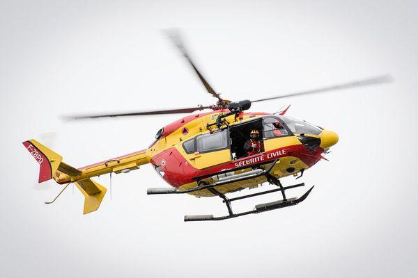 L'helicoptère de la Sécurité civile Dragon 50