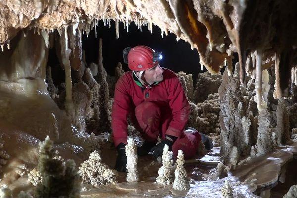 Gard - Guido Goossens, l'un des trois spéléologues inventeurs de la grotte de Barjac - Archives.