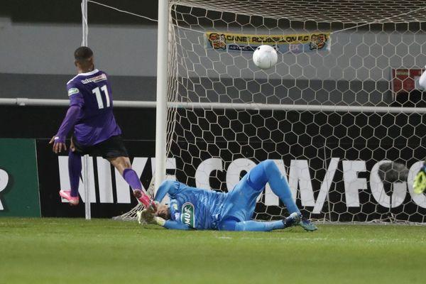Coupe de France: l'OM sombre encore, éliminé par Canet-en-Roussilon.