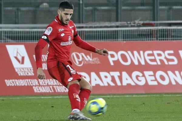 Yassine Benzia, numéro 10 du Dijon FCO