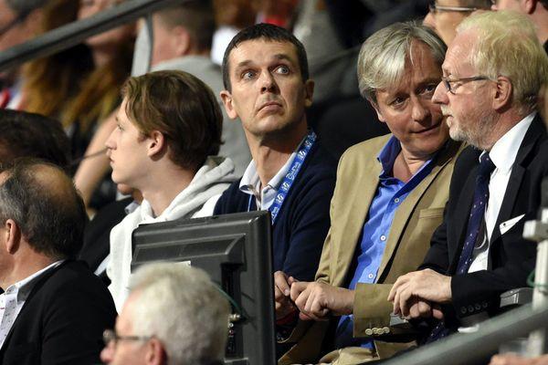 Nicolas Holveck (au centre), le nouveau président du Stade Rennais, en mai 2016, lorsqu'il était directeur général de l'AS Monaco