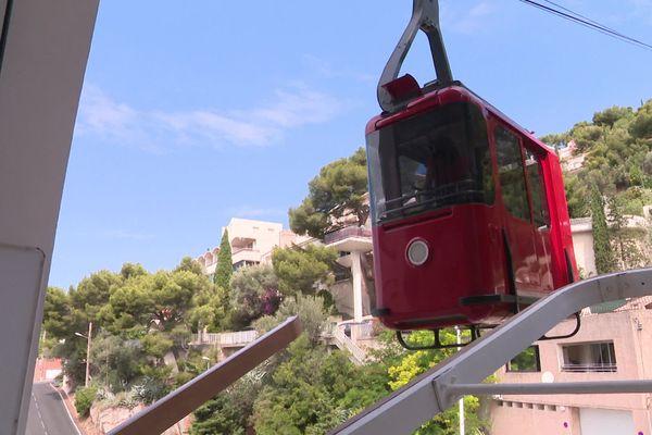 Le téléphérique rouge du mont Faron reprend du service.