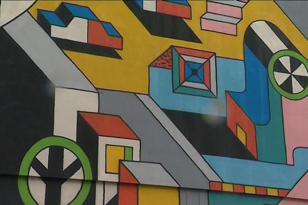 Le dessin du graffeur hollandais Johann Moorman, sur une façade de Mondeville pour le festival Palma.