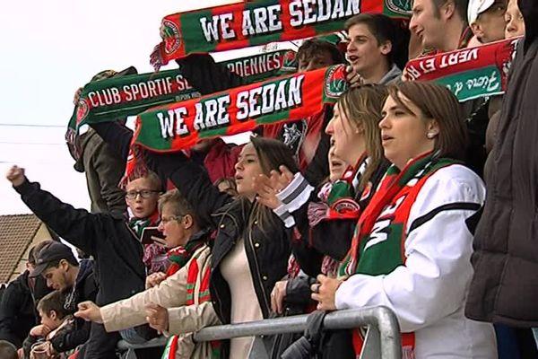 Les supporters sedanais étaient nombreux à faire le déplacement en Picardie pour vivre la montée en National
