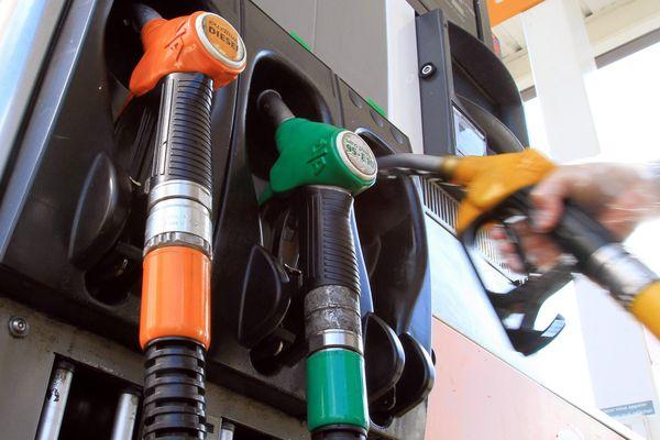 Les prix des carburants au plus bas.