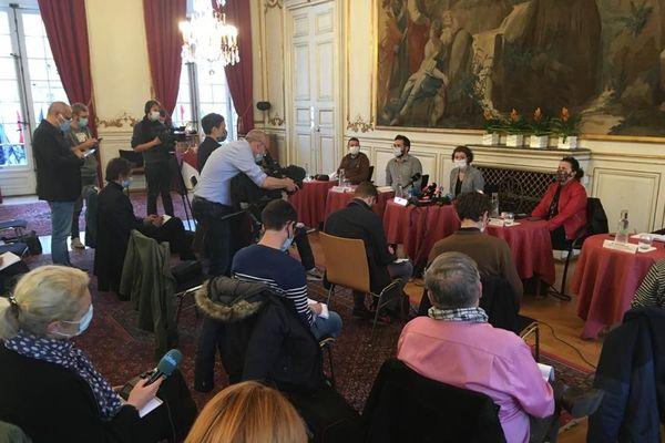 La conférence de presse donnée par Jeanne Barseghian concernant l'édition 2020 du marché de Noël