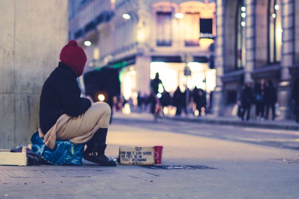 Selon la Fondation Abbé Pierre, 300.000 personnes vivent dans la rue.