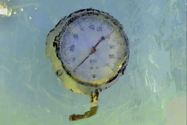 Thermomètre gelé - image d'illustration
