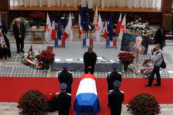 Dernier hommage à Pierre Mauroy ce jeudi à Lille.