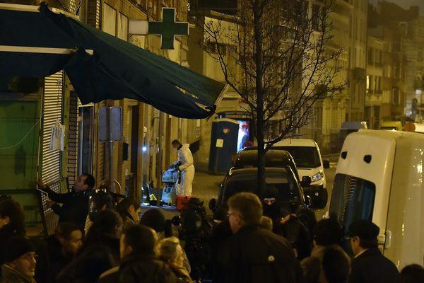 La rue de Mölenbeek, dans la banlieue de Bruxelles, où Salah Abdelsam a été capturé, en mars 2016.
