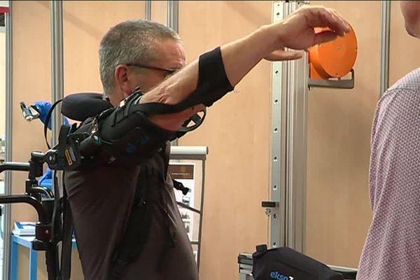 Cobots exosquelettes / Azairis au salon SEPEM Industries