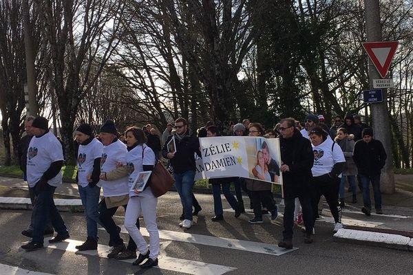 Marche blanche à Limoges pour rendre hommage aux 2 jeunes tués dans un accident de la route le 8 janvier