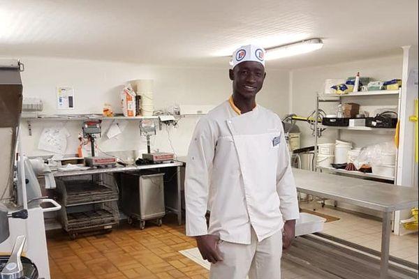 Lorsqu'il a reçu son OQTF, Silima Diagouraga a du quitter son emploi. Il était salarié en CDI à la boulangerie du Leclerc de Blaye.