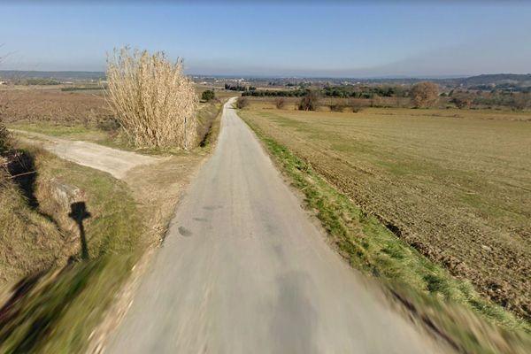 Collias (Gard) - Chemin de la draille - archives.