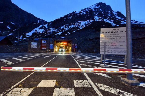 Pendant le confinement, la frontière à Aragnouet entre la France et l'Espagne était fermée.