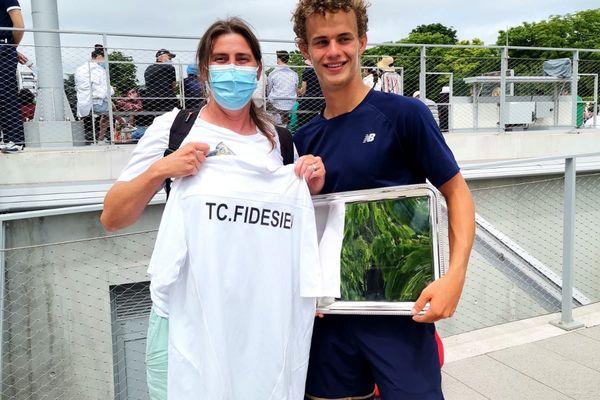 Hélène Gondran et son ancien élève Luca Van Assche, vainqueur du Roland-Garros junior