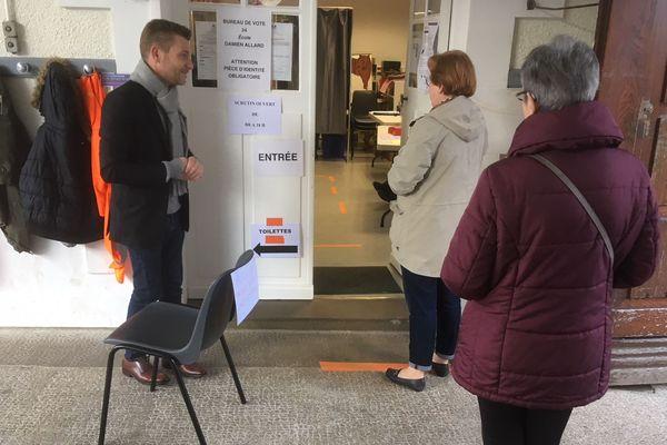 Les votants seront appelés à respecter une distance de sécurité d'un mètre dans les files d'attentes.